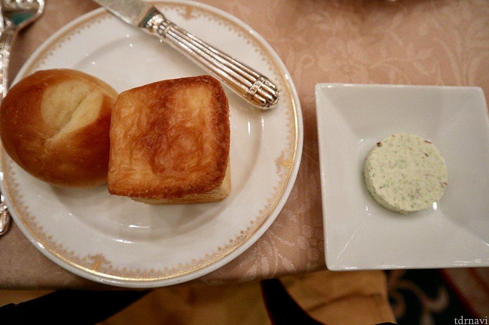 バターが海藻バターというバターでとっても美味しい!