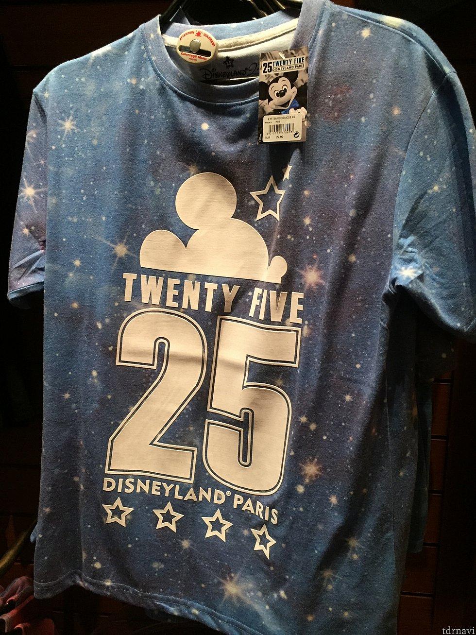 こういったTシャツもありました。