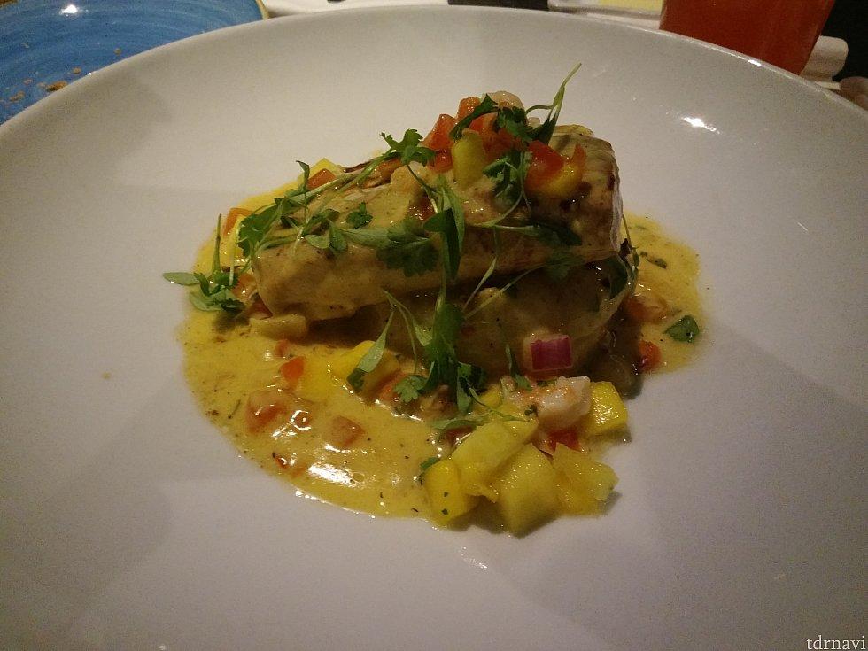 マヒマヒ。おいしい魚でした。
