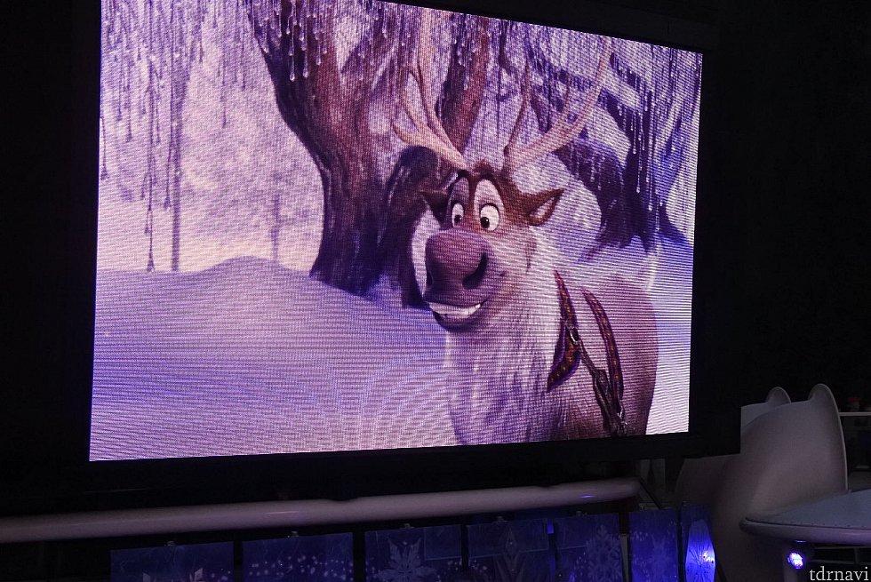 スヴェンは映像のみで登場でした。