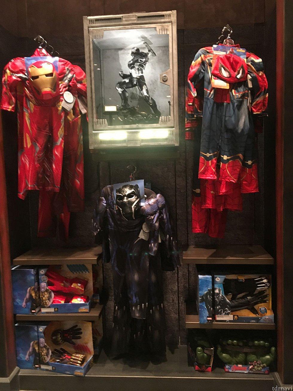 子供用、アイアンマン、スパイダーマン、ブラックパンサー。 アベンジャーズ インフィニティウォーの新しいデザインかなと思います。