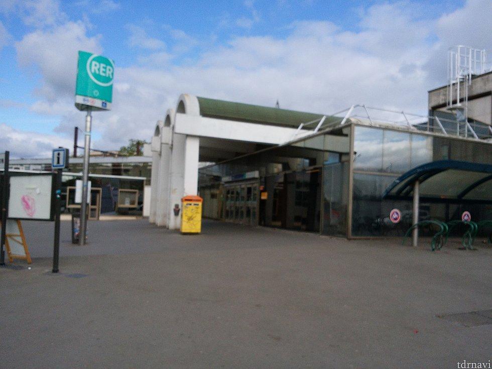 torcy駅