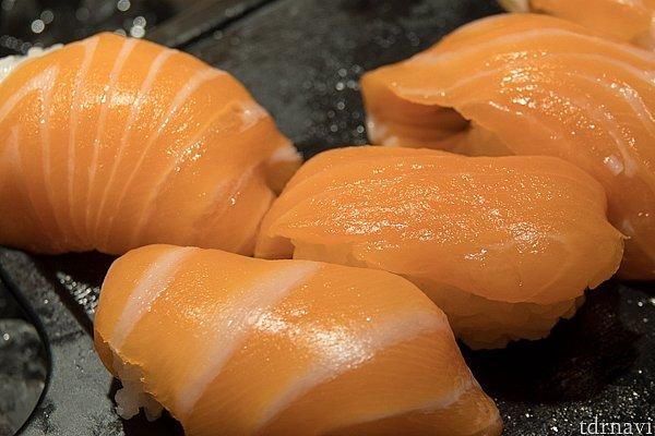 お寿司もけっこう美味しかったです。海外のお寿司としてはかなりいけます。