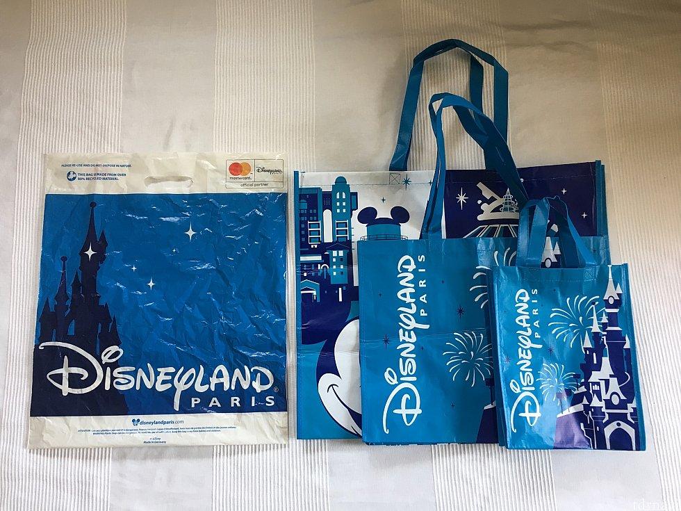 旧袋と、新エコバッグを比較
