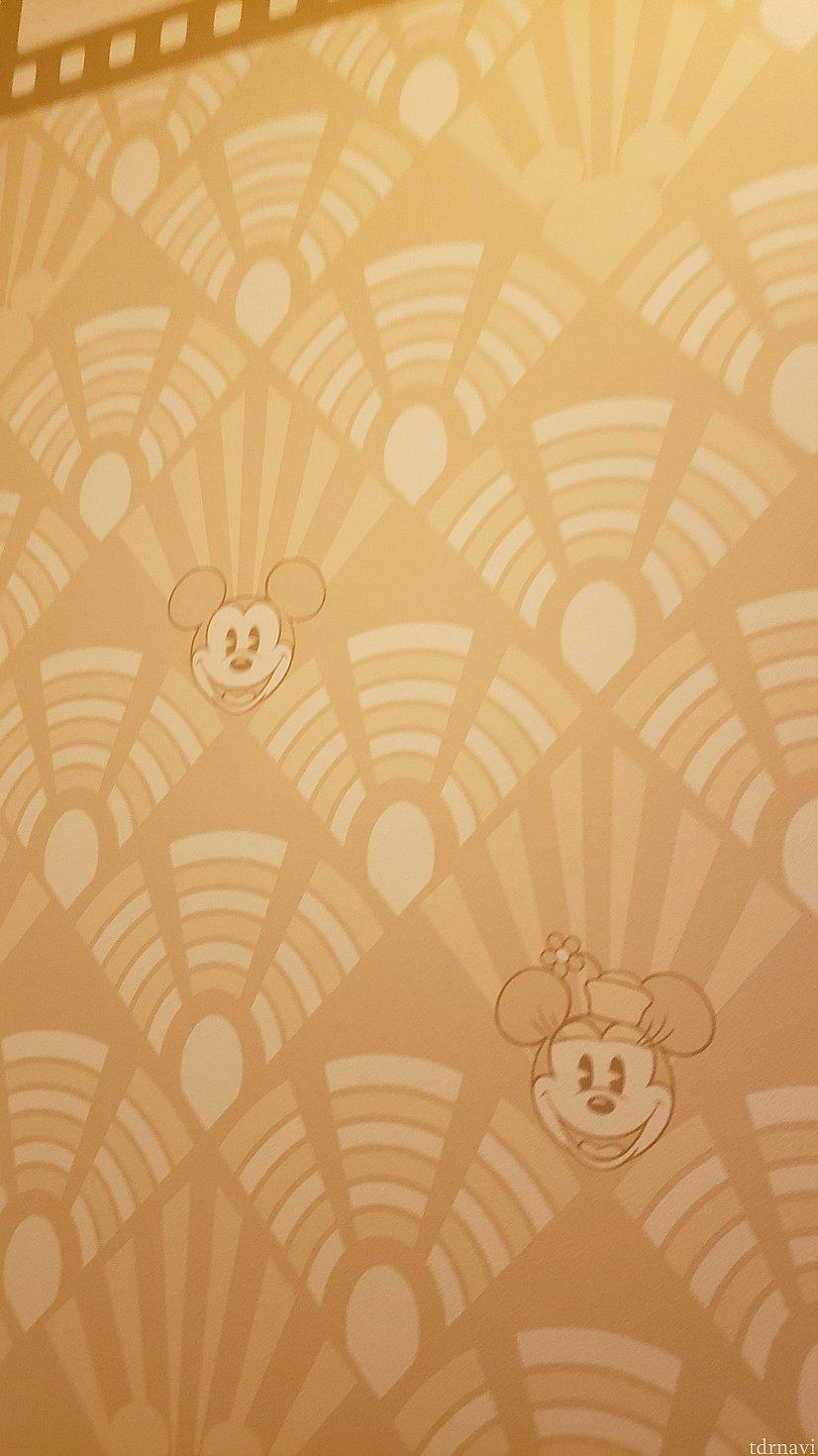 壁紙もミッキー!