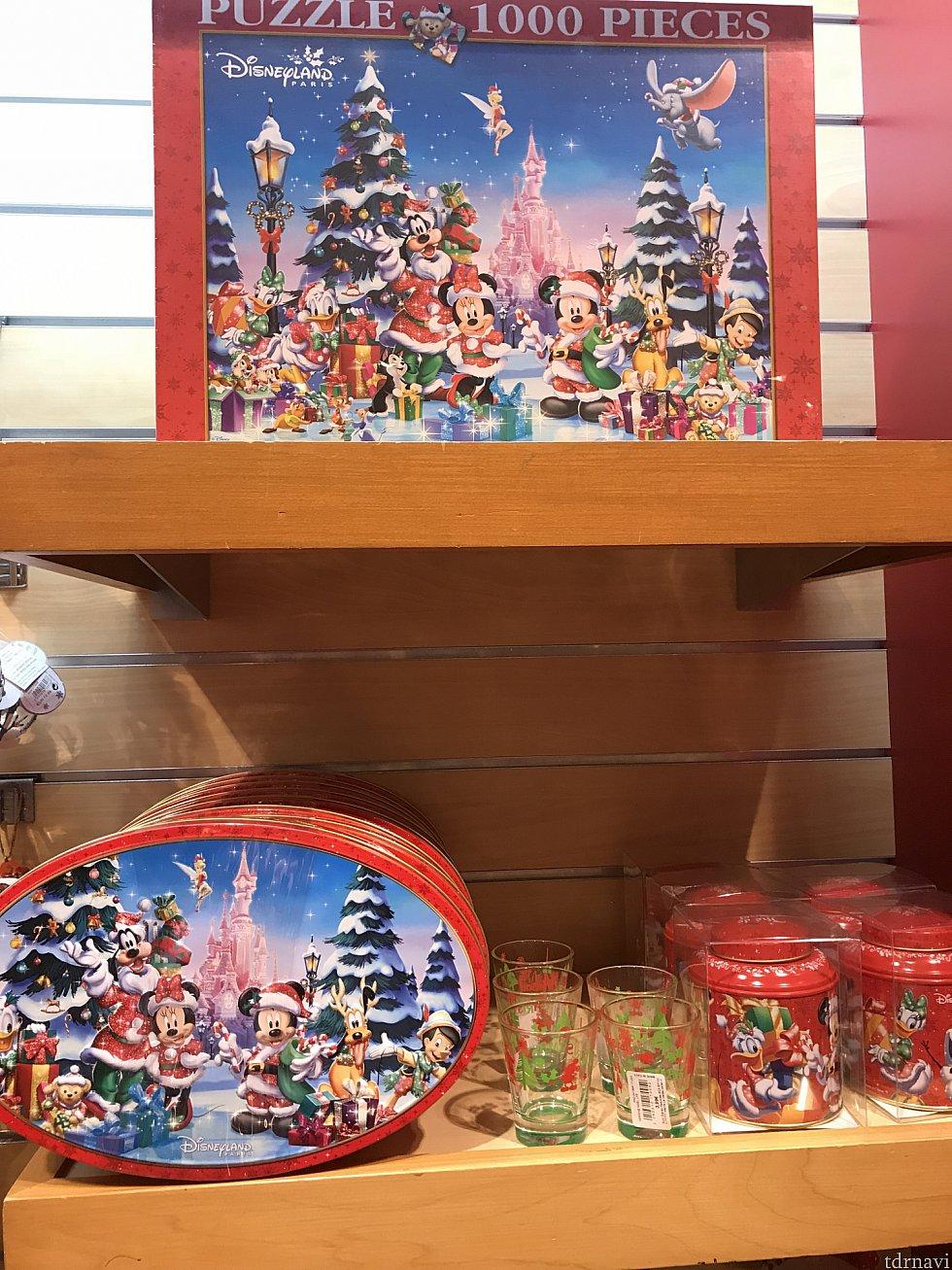 パズルとチョコレートです。 チョコレートは18ユーロくらい。 このチョコレート、本場フランスということもあり、他のパークと比較出来ないくらい美味しいチョコでした! 見つけたら是非自分用に買っていきましょう笑 お土産としても喜ばれると思いますよ!