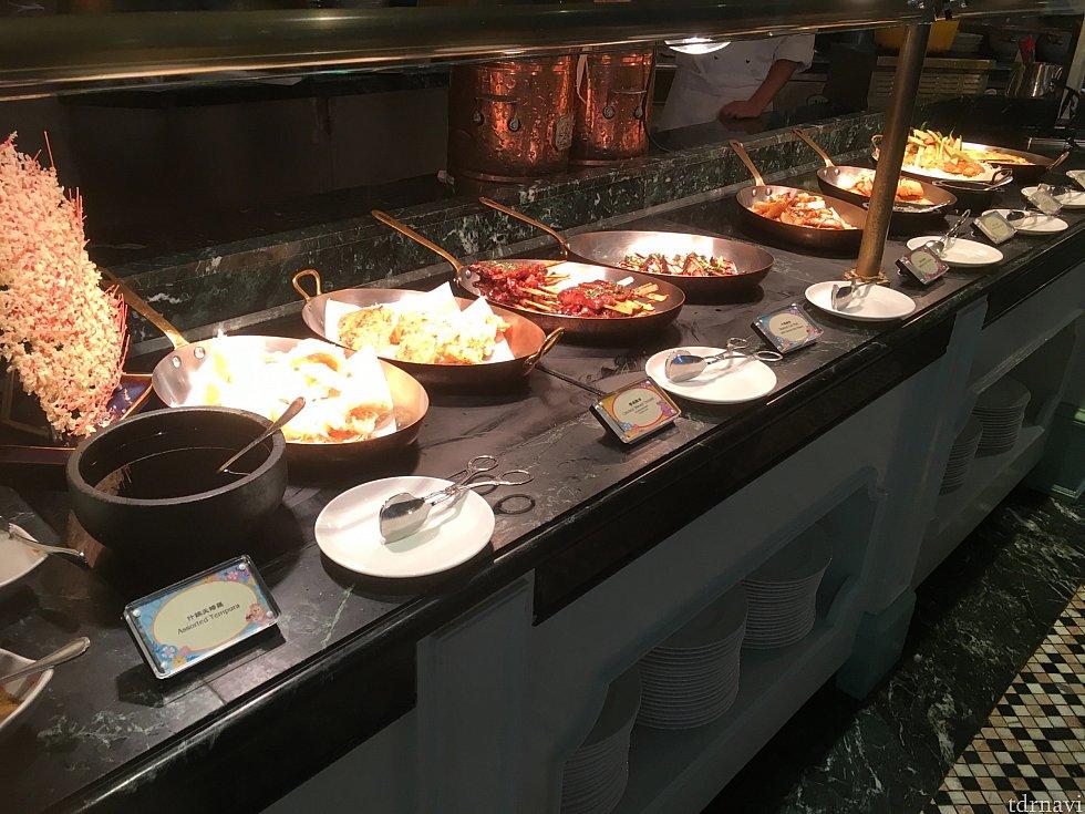 洋風の暖かい料理も多いです