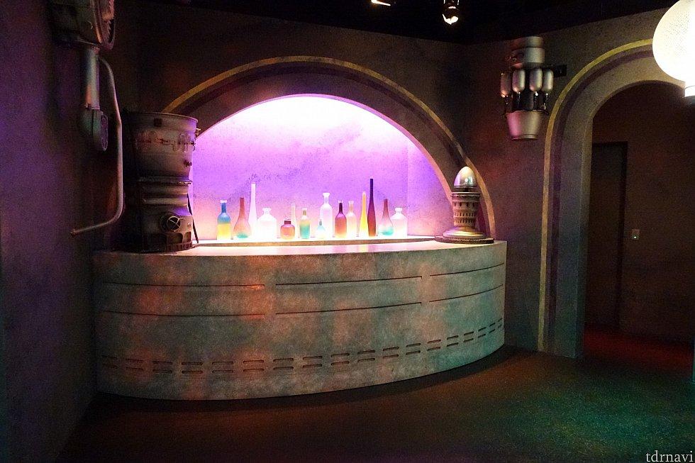 惑星タトゥイーンの酒場「カンティーナ」っぽいフォトロケーション。自由に出入りできます。