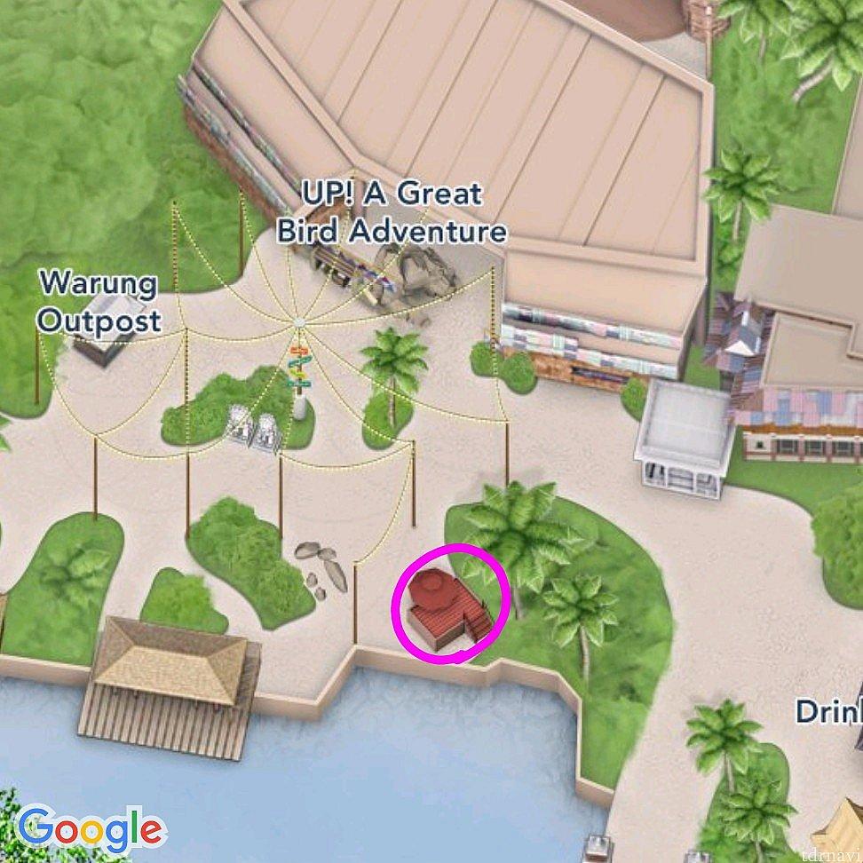 ピンクの丸の所がステージです。