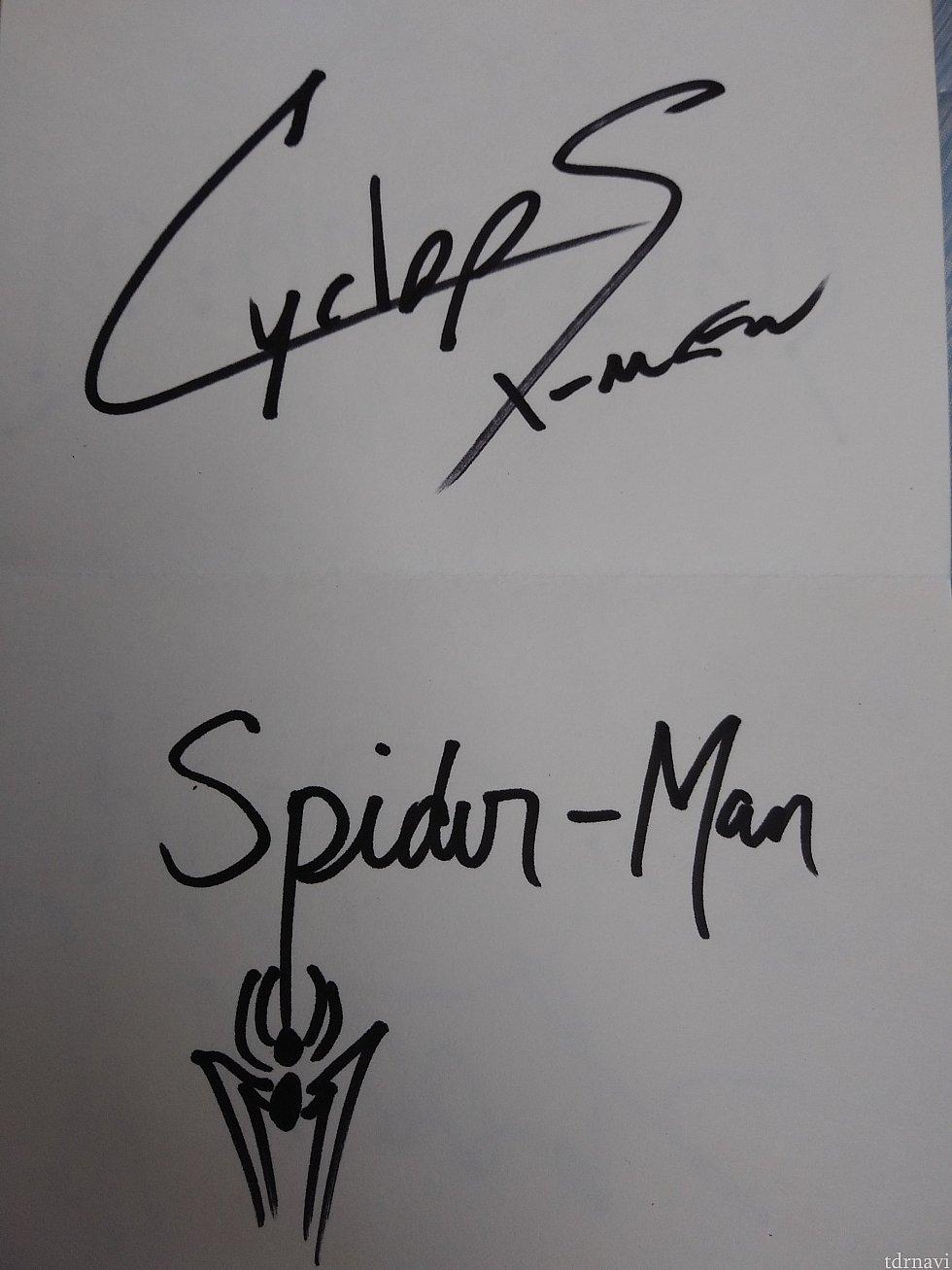 サイクロプスとスパイダーマンのサイン。