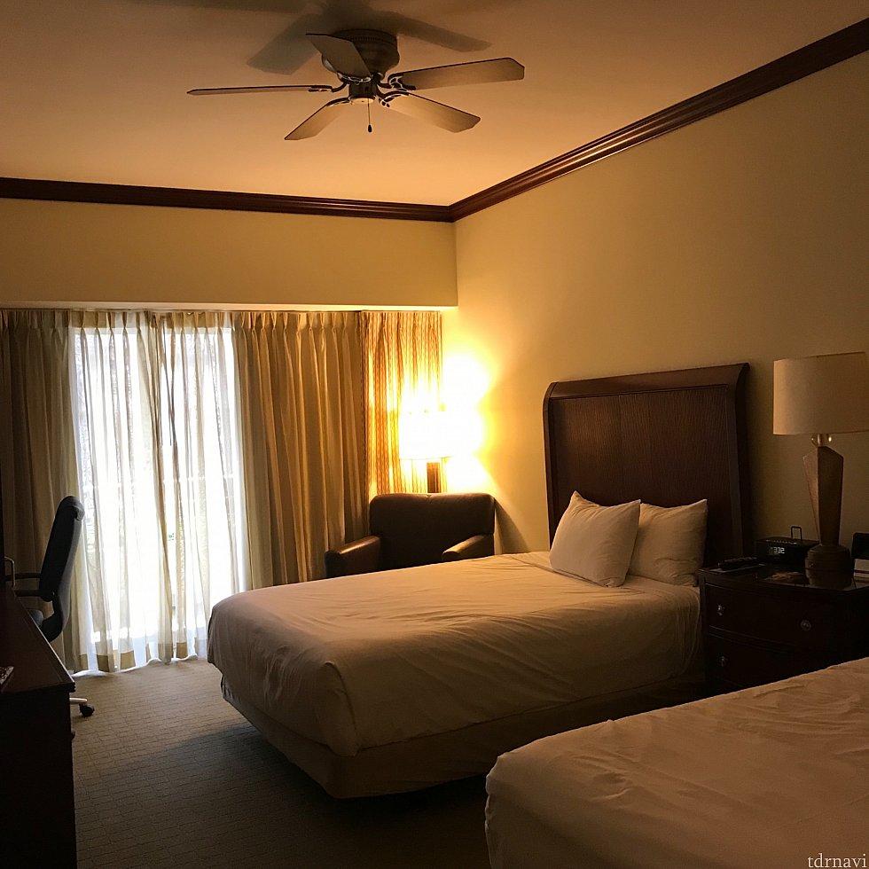 清潔感のあるお部屋はシンプルでスッキリしています。