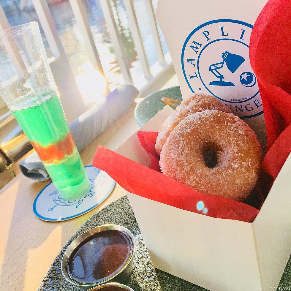 Infinity Fizz donut