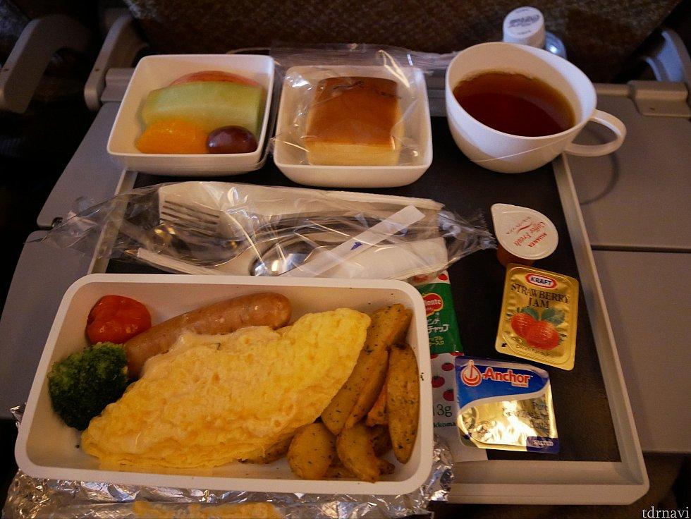 【往路】朝食のオムレツ