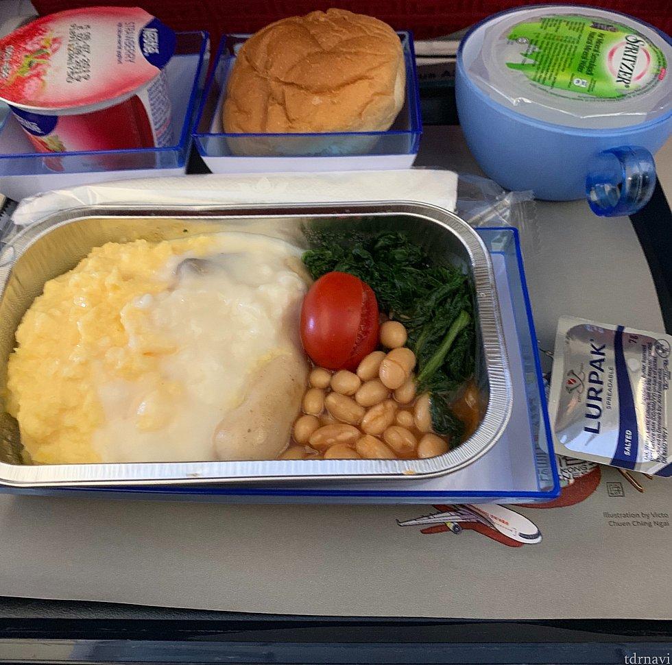 帰路の機内食