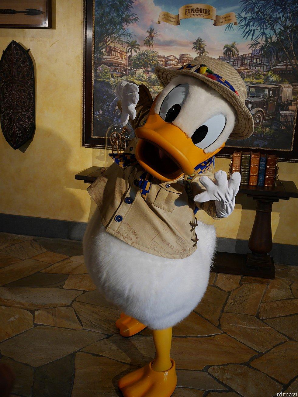 ホテルのロビーでドナルドのグリに会えました😆