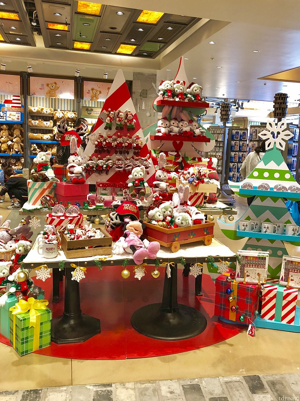 ③World of Disney Store