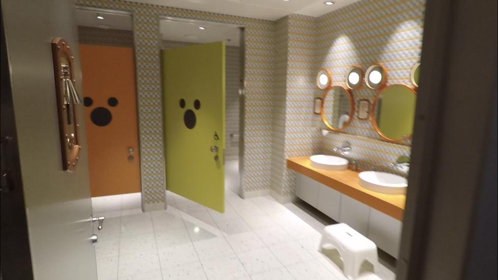 キッズルームのお手洗いもデザインが他と違ってポップで可愛かったです。
