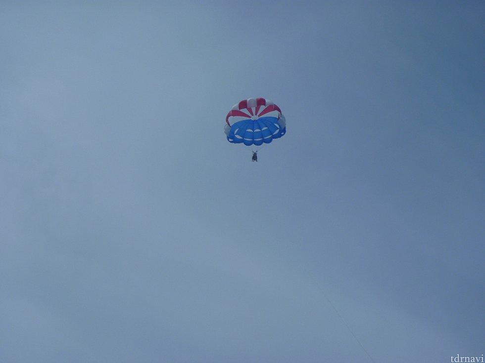 私が飛んでいるところを撮影してもらいました♪