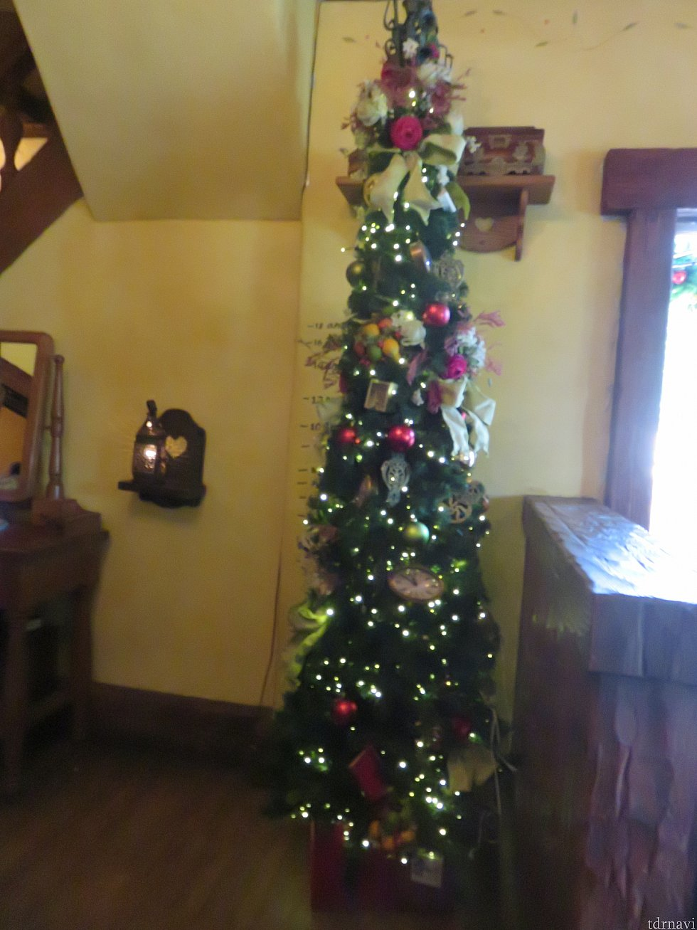 クリスマスツリーもあります