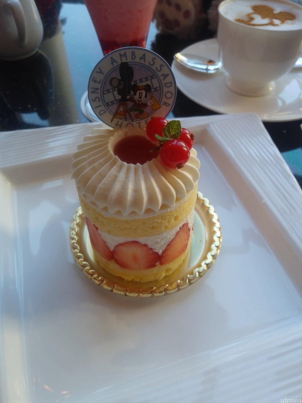 ケーキセットのストロベリーショートケーキ