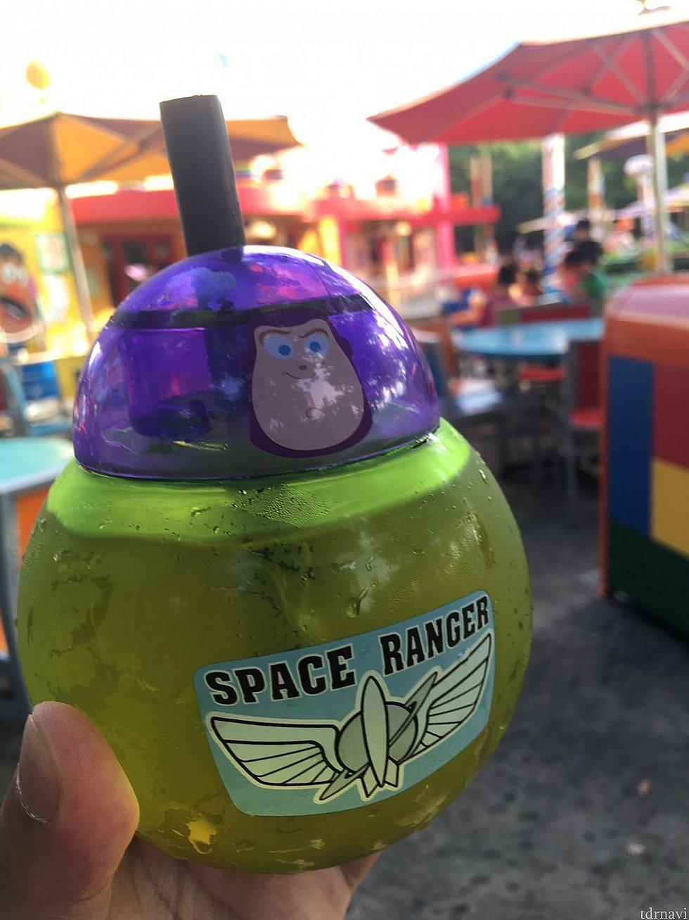 紫色のヘッドと緑色の本体部分の位置をちゃんと合わせるとやっぱりカッコイイ👍