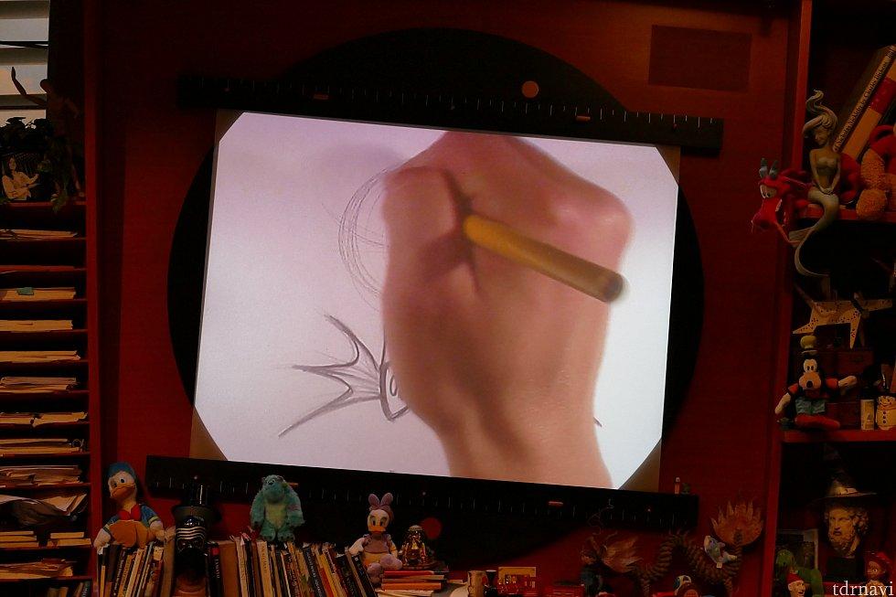 こんな感じで説明しながら描き方を教えてくれます!子供もいるのでわりとゆっくり