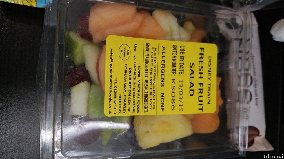 フルーツサラダ。まあまあ。
