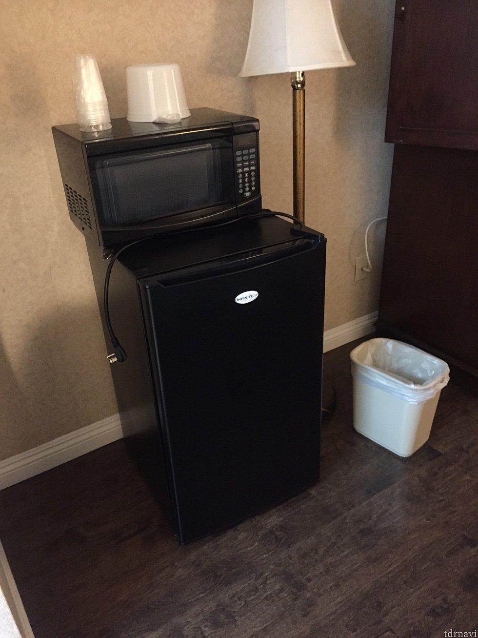 使いませんでしたが、冷蔵庫と電子レンジが部屋にありました。