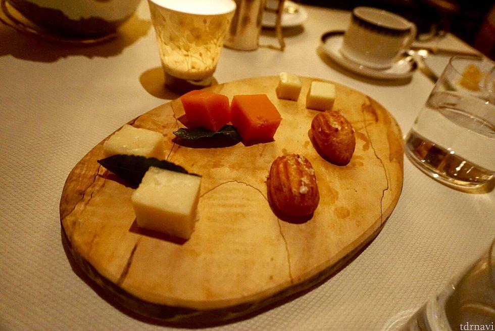 チーズも美味しかったんですが、満腹にチーズは重い…