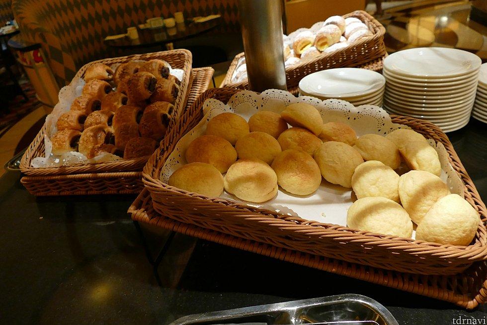 パンの種類もたくさん!