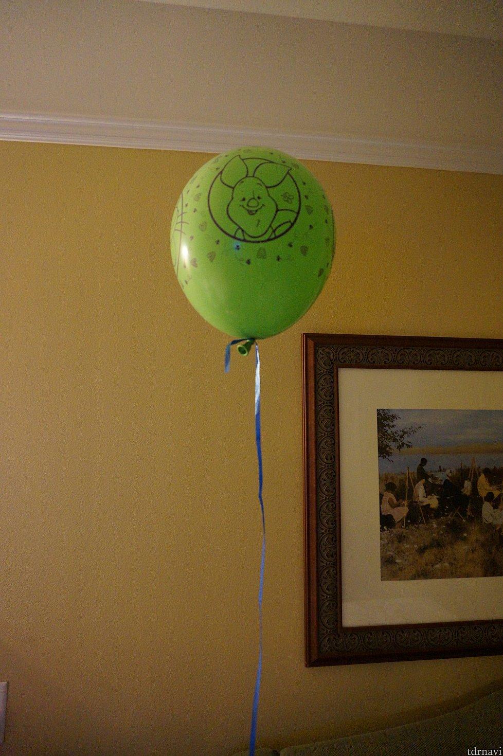 ショップでなにやらイベントをやっていたみたいで、風船もらいました。