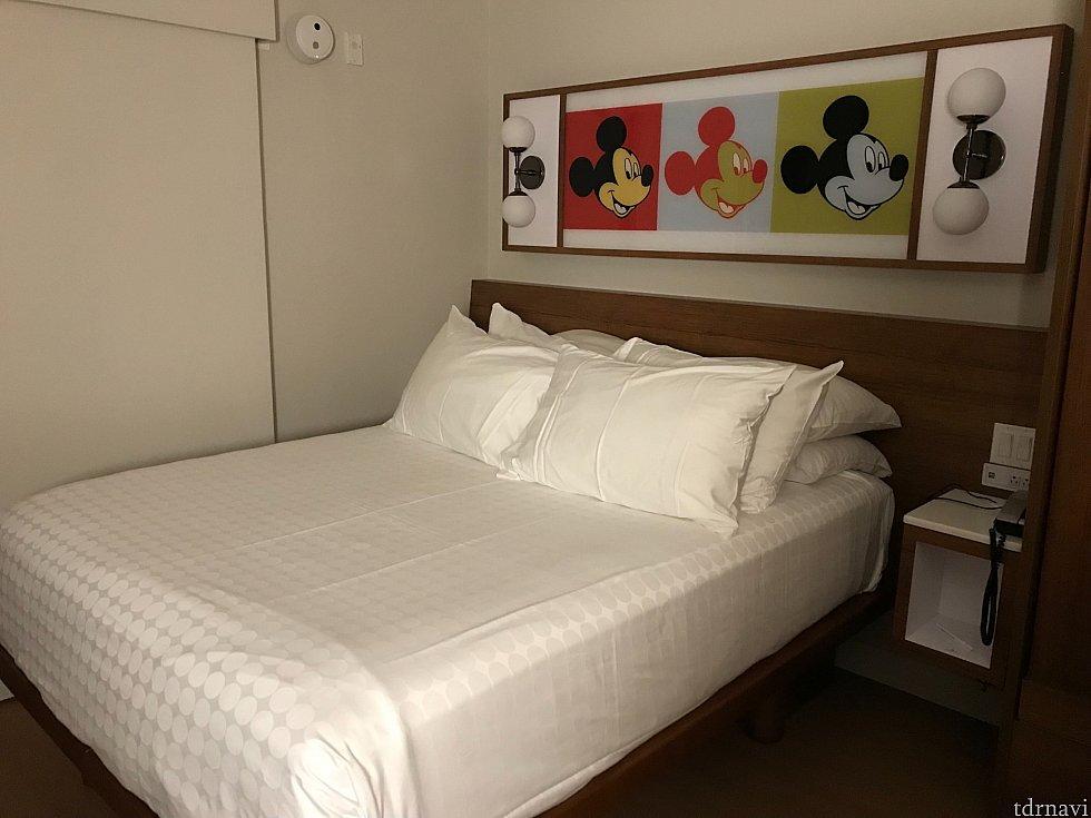 手前のベットを収納したままだからか、ベットに枕が8個もありました🤣