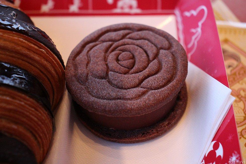 キャラメル・ガナッシュクッキーサンド600円