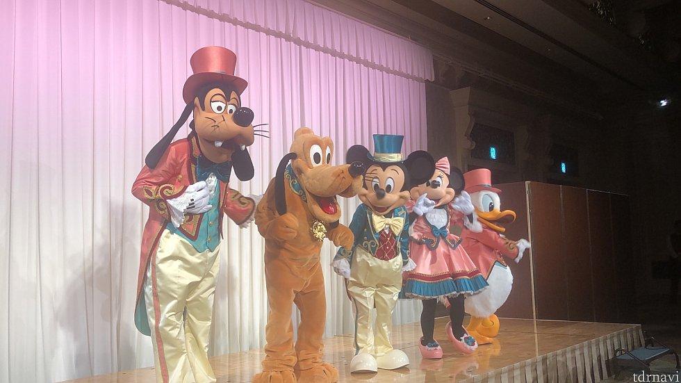 労働組合主催のイベントで ディズニーランドホテルに キャラクターグリーティングに行って来ました♪