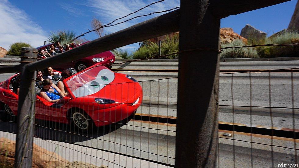 赤い車(マックイーン?)に乗りたい!