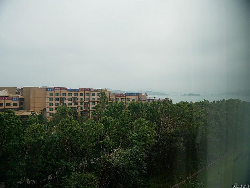 この日は曇りで天気が悪かったのでイマイチかもしれませんが、海も見えましたし、反対側にはランドホテルも見えました。