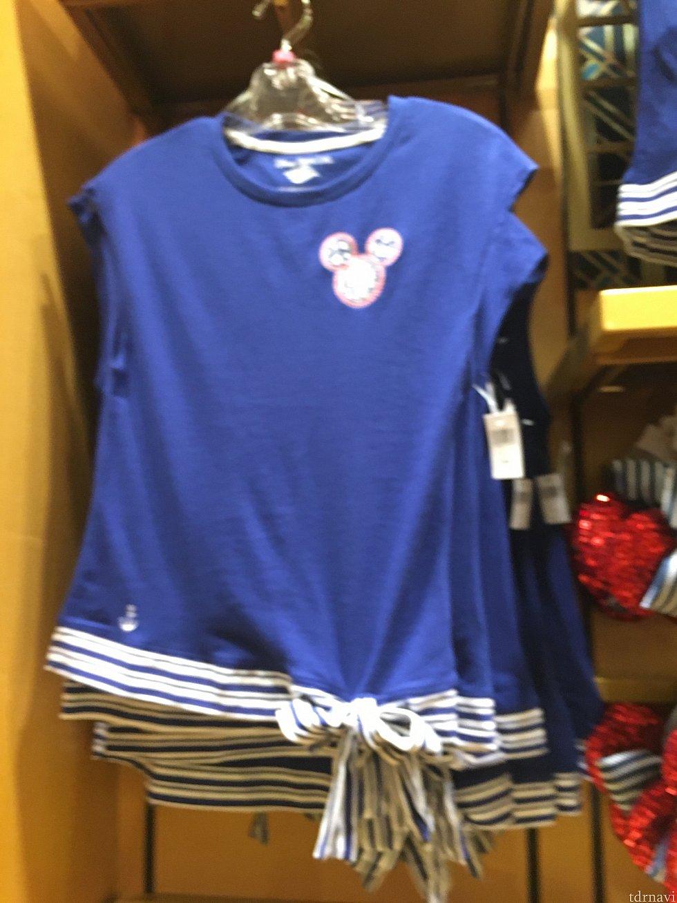 女性用Tシャツ(ボケててすいません💦)