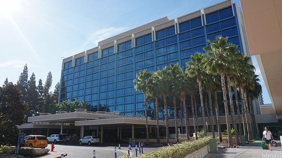 ディズニーランドホテルです。