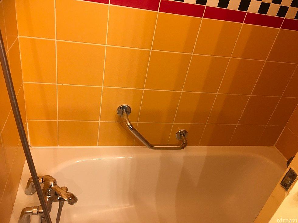 バスルーム。水圧も文句なしです