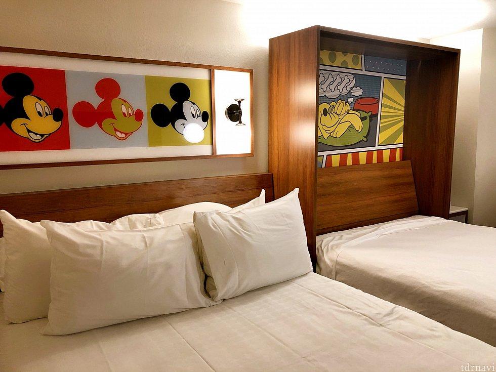 一人には広すぎる?!ダブルベッド。 ベッドも枕もちょうどよい柔らかさで寝やすかったです。