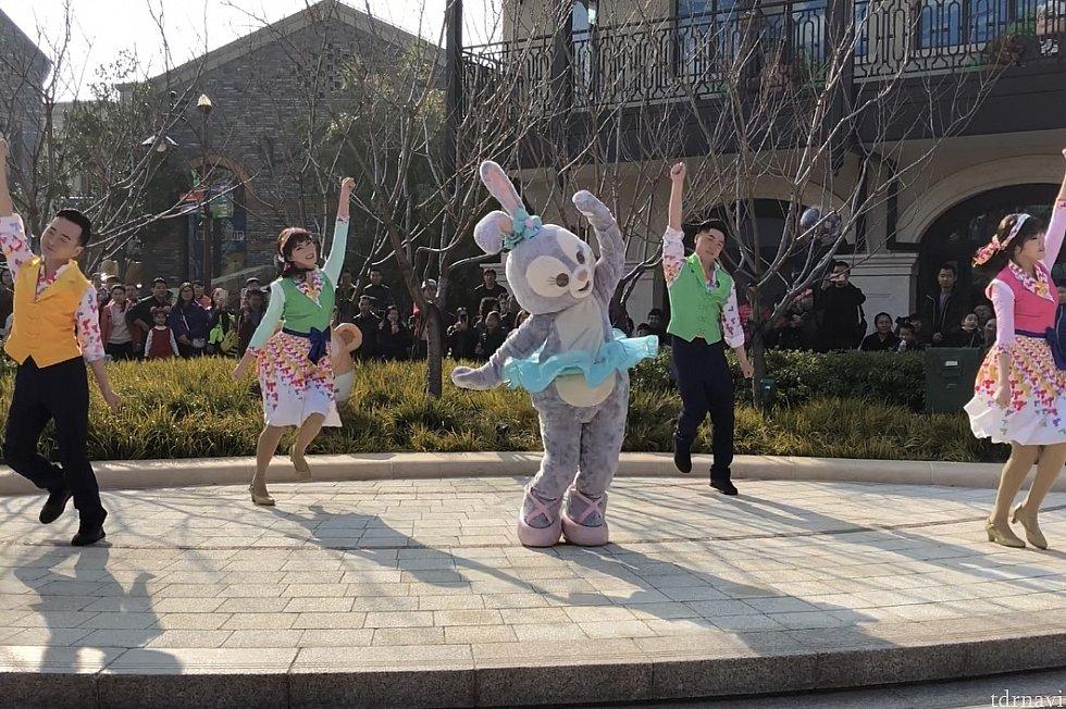 ダンサーさんとダンス!