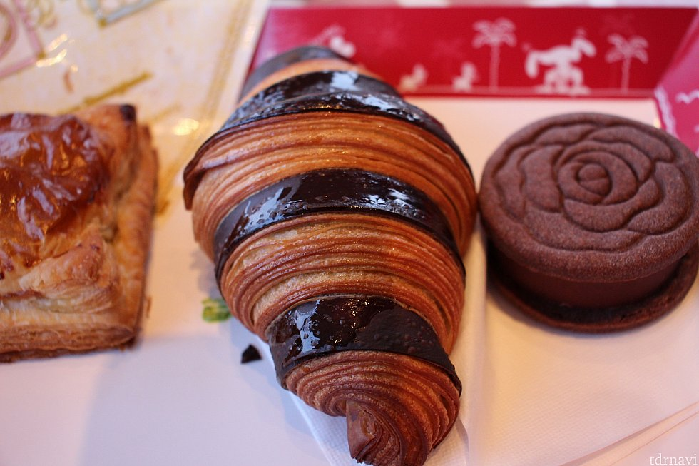抹茶クリームとチョコレートのクロワッサン550円