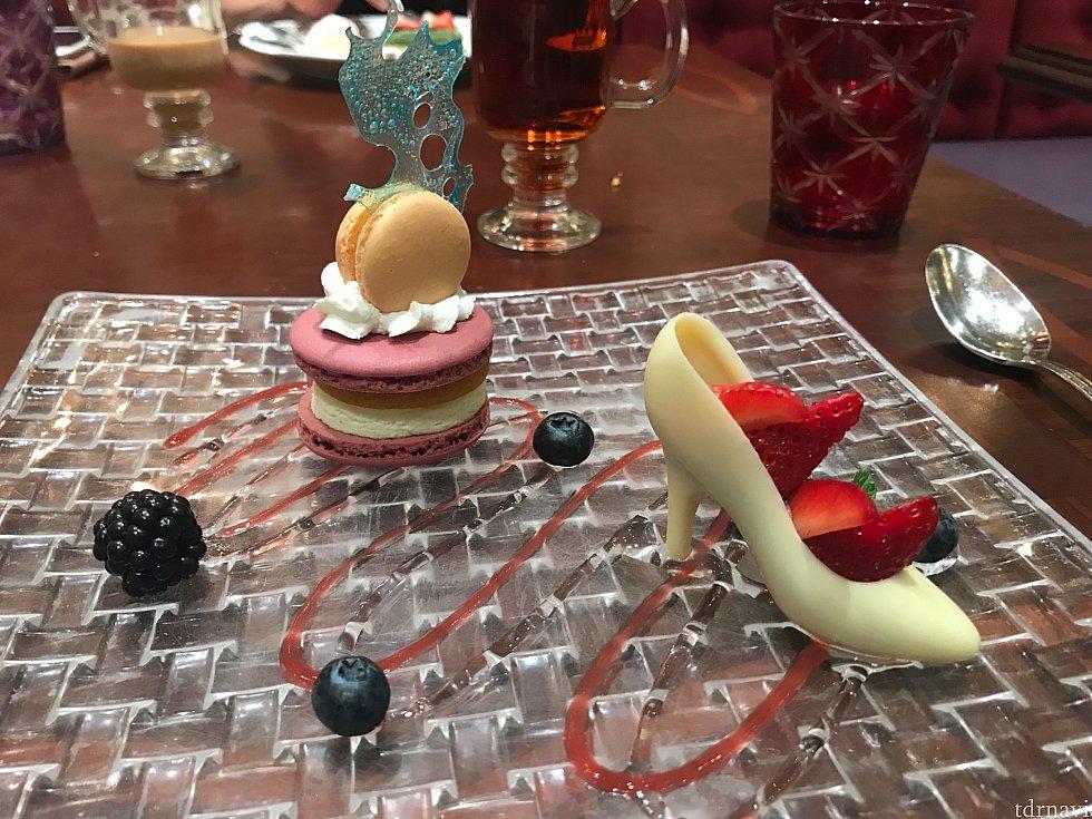 シンデレラの靴をイメージしたチョコレート。甘かった…