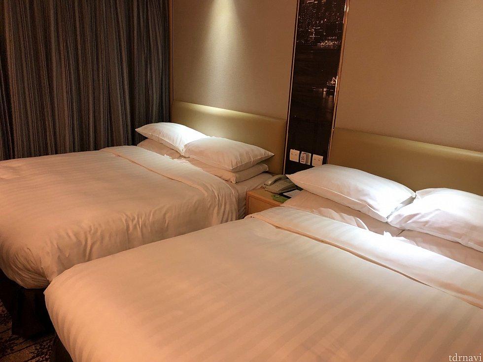 お部屋はこんな感じです。