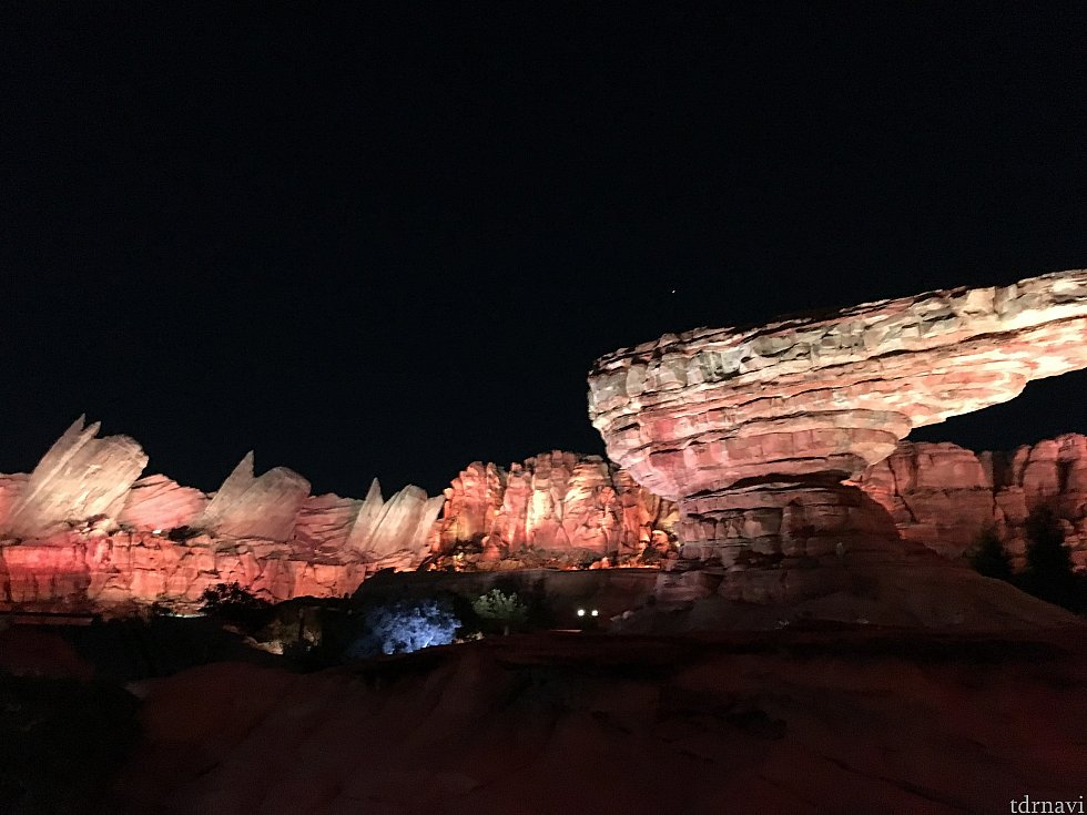 夜の雰囲気も素敵です!
