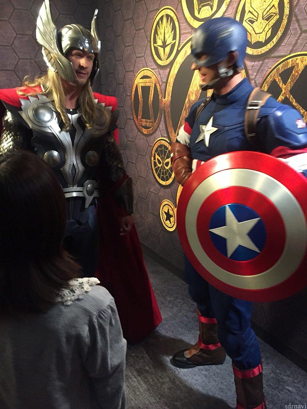 キャプテンとソーが雑談 キャプは顔が小さくて超イケメン!(*^^*)