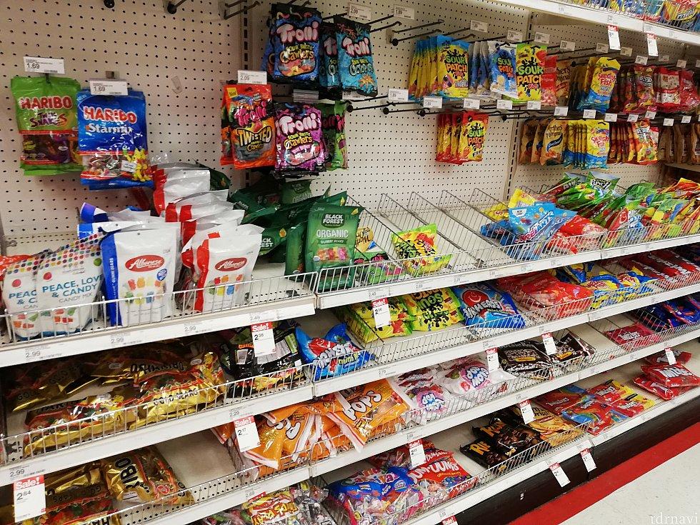 いかにもアメリカ!なお菓子がたくさんありました