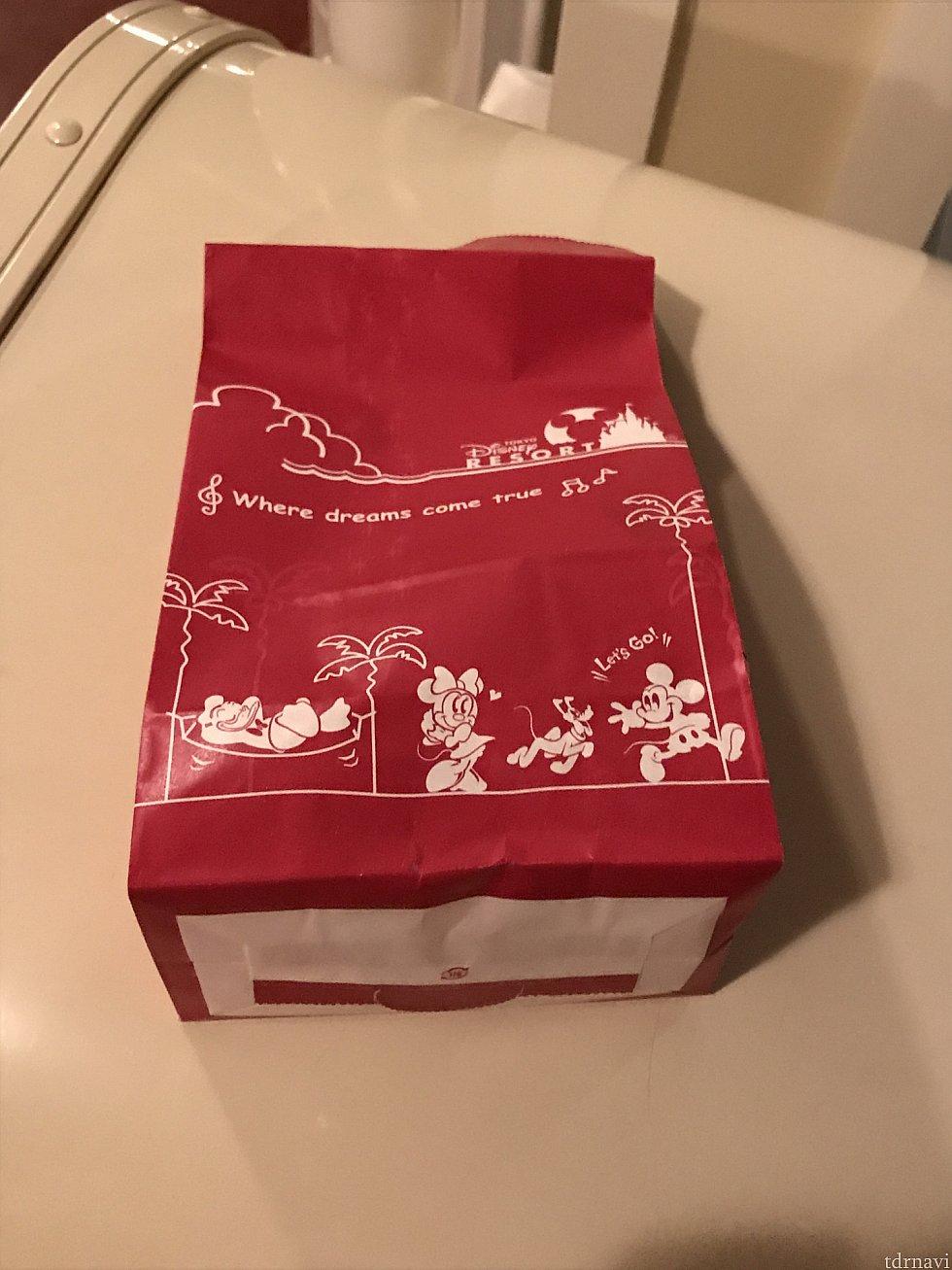 可愛い紙袋に入れてもらえました。