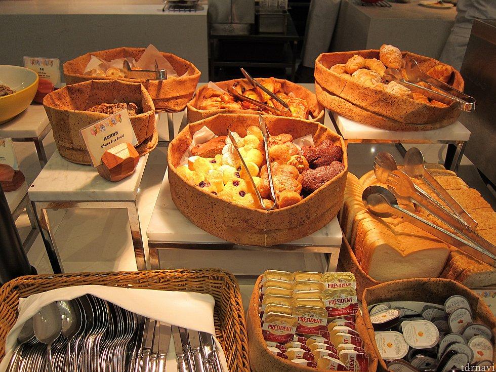 他のメニューがそれほど多くないので、パンを沢山食べられます。
