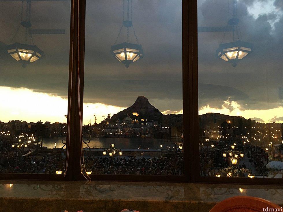 窓側左から二列目からの眺め